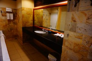 bathroom-Tanjung-lesung-beach-hotel